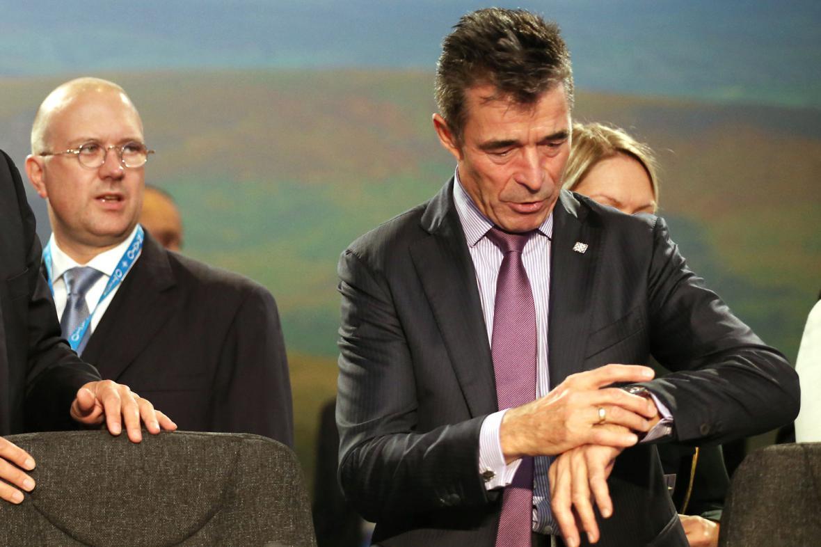 Rasmussenův čas v čele NATO se krátí