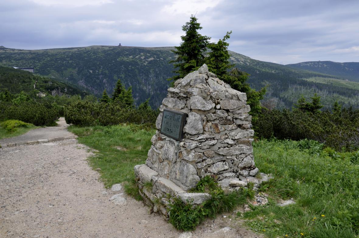 Pomník Bohumila Hanče