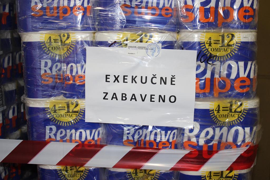Toaletní papír je pro daňové úniky netypická komodita, přiznávají celníci