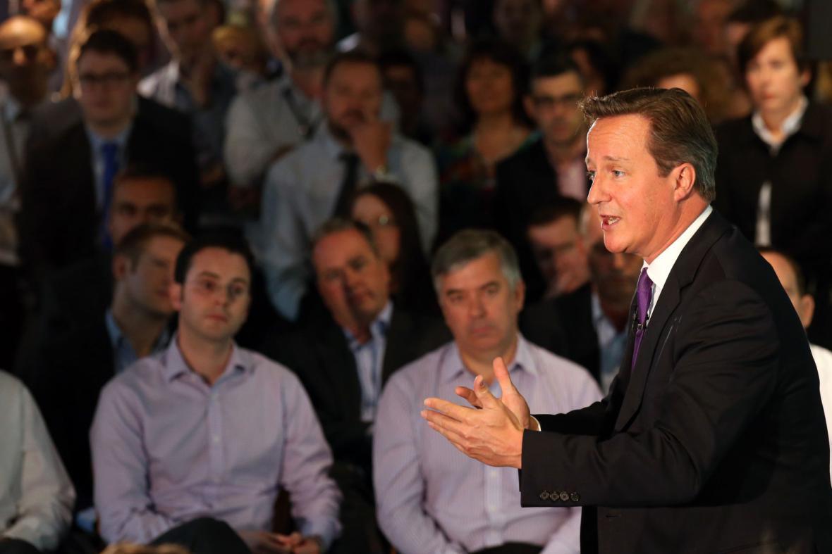 David Cameron při svém vystoupení v Edinburghu
