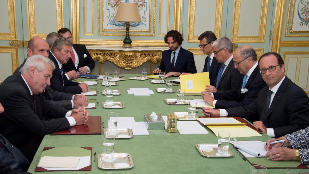 Jednání prezidentských delegací