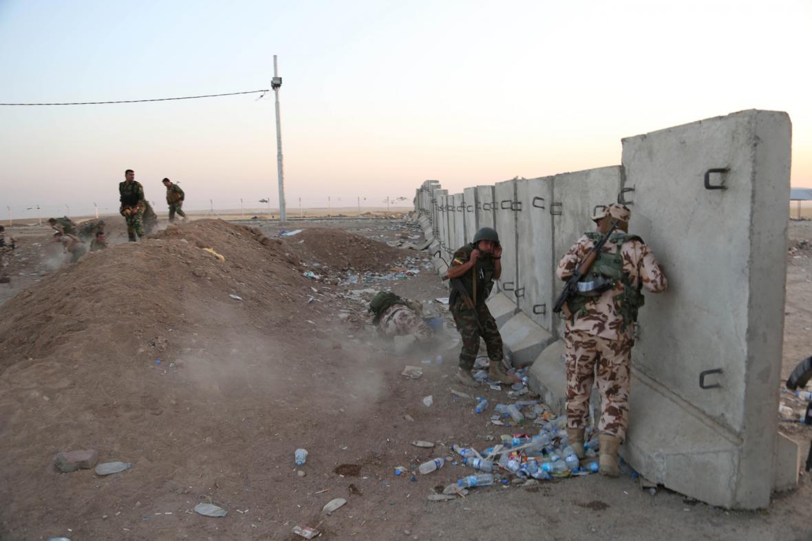 Nepokoje v Iráku: Kurdové bojují proti Islámskému státu