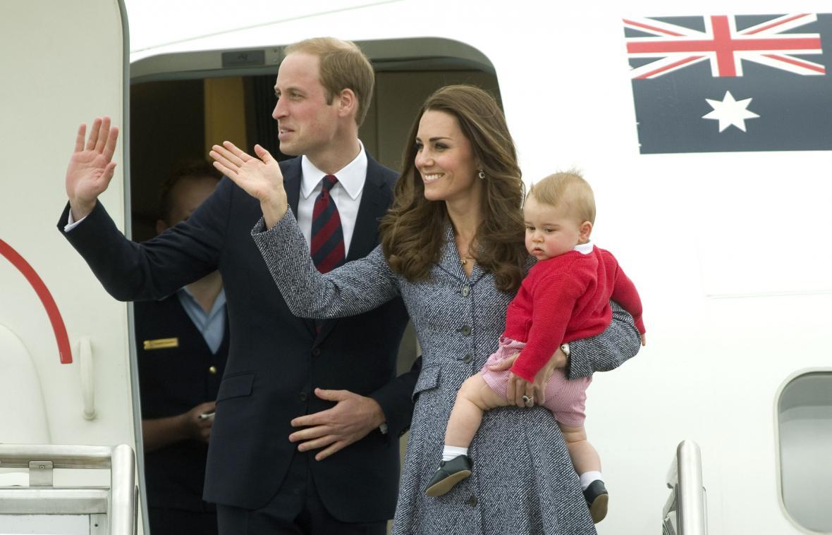 Princ William, jeho žena Kate a syn George