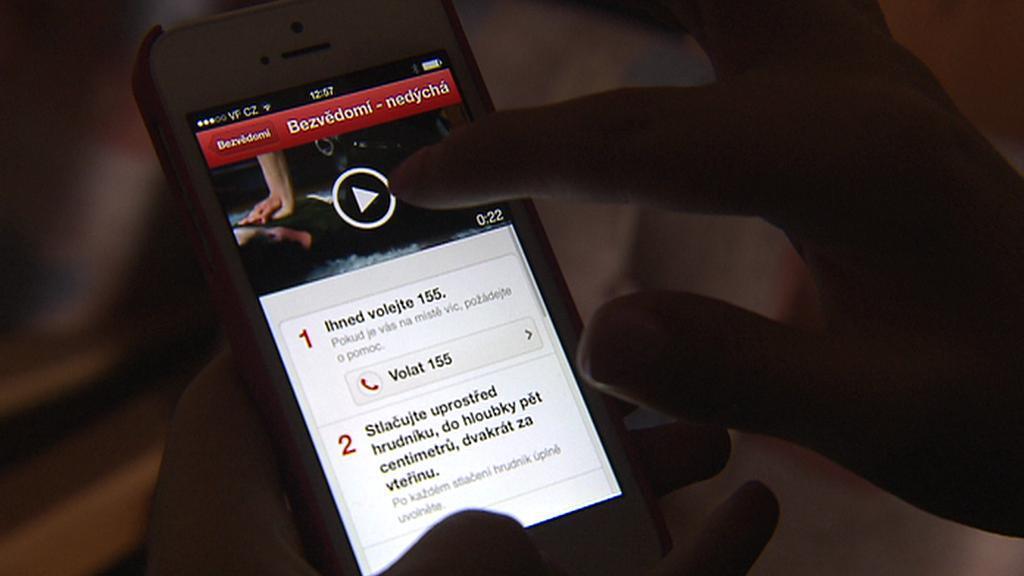 Mobilní aplikace pro poskytnutí první pomoci
