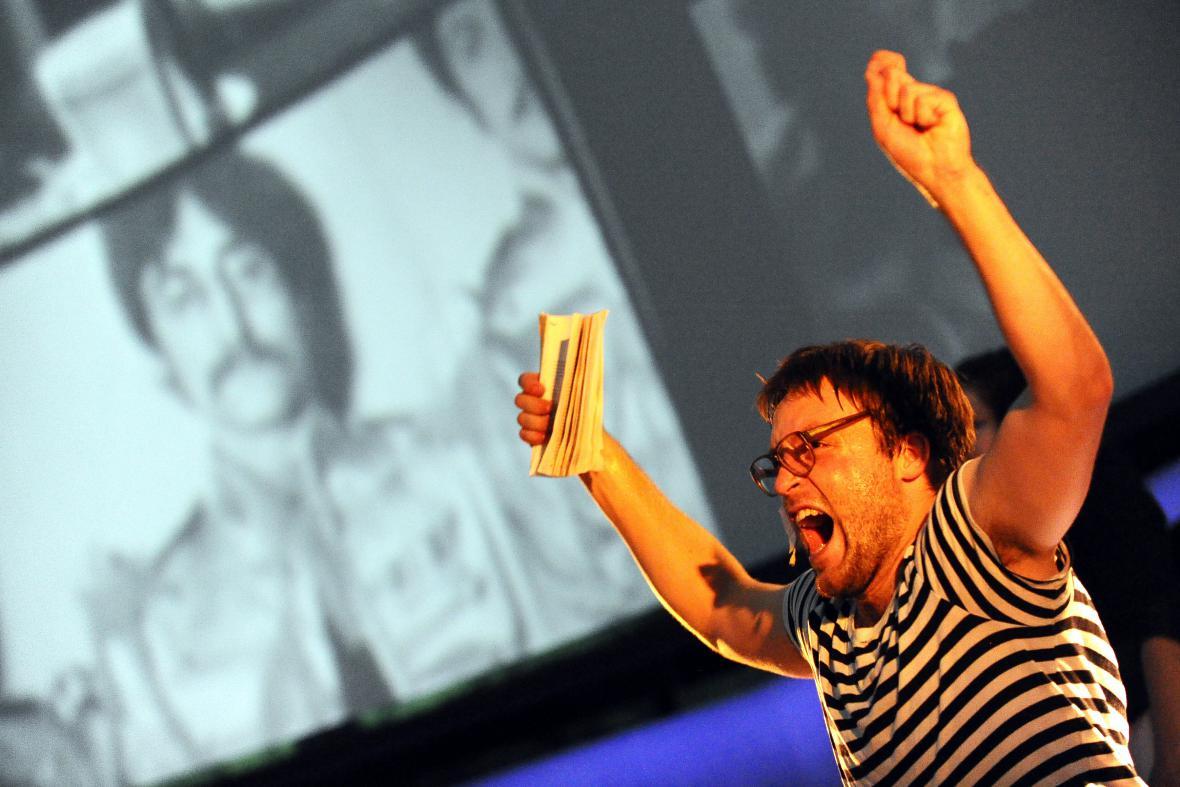 Divnej brouk aneb Kdo zabil Johna Lennona?