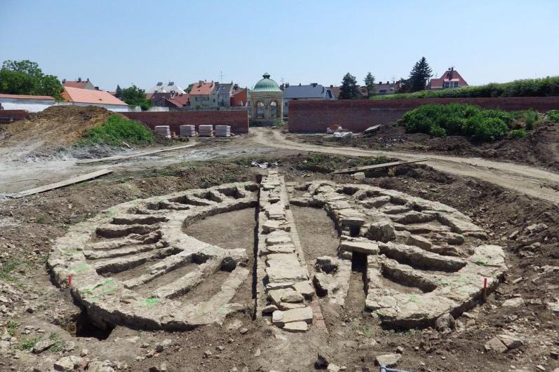 Základy Králičího kopce objevili v roce 2009 archeologové
