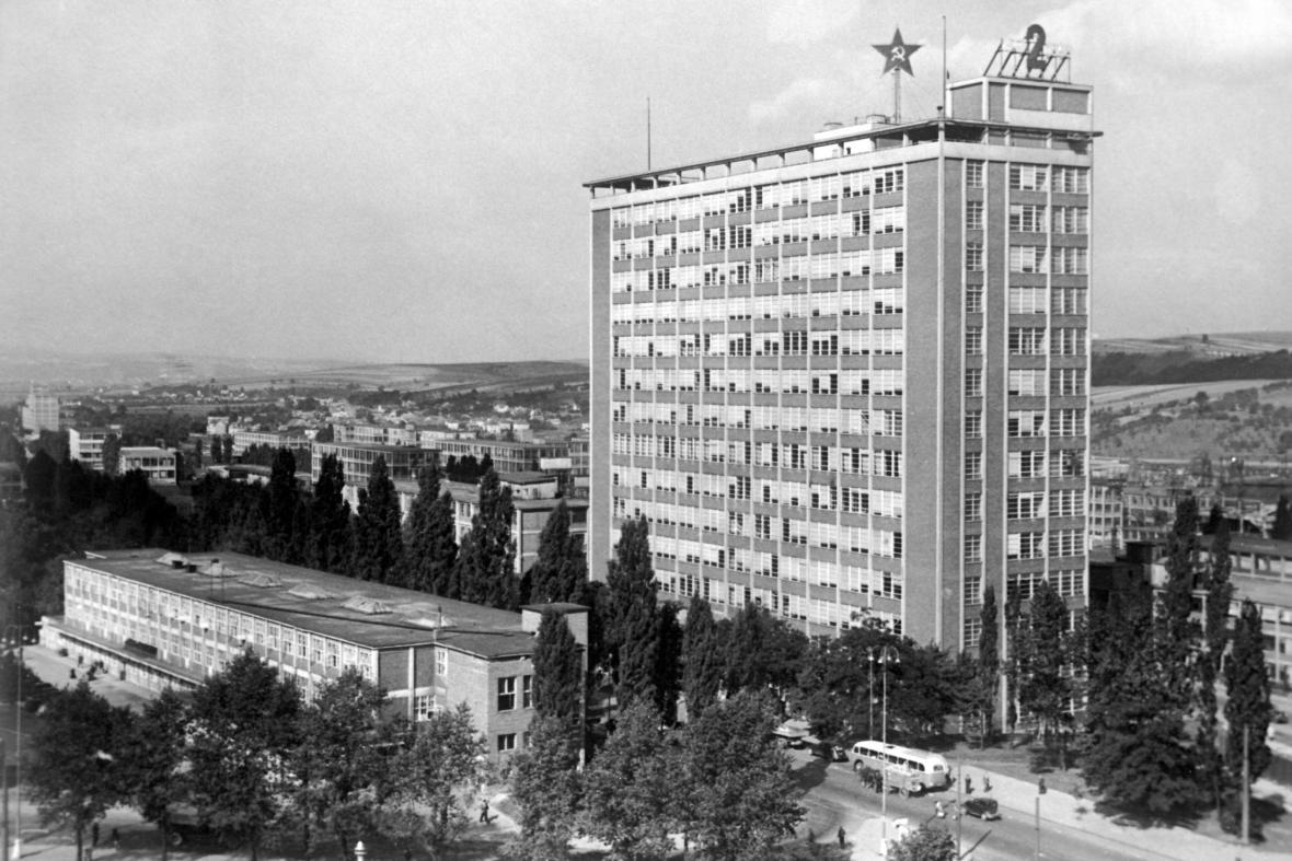 Administrativní budova n. p. Svit v Gottwaldově (1948)