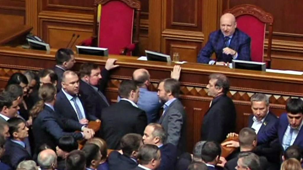 Hádka v ukrajinském parlamentu