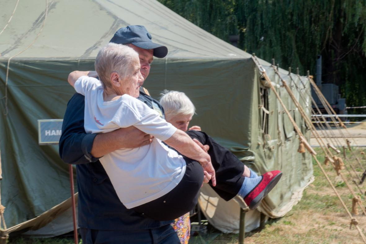 Tábor s uprchlíky na Ukrajině