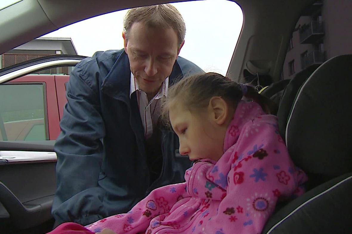 Martin Petrželka s dcerou Zlatou