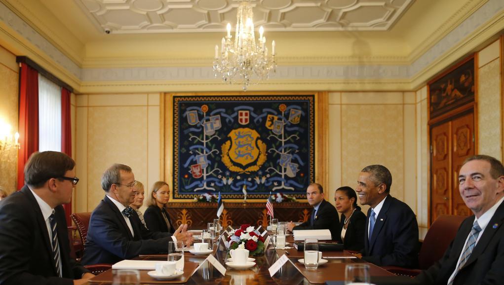 Obama při jednání s estonským prezidentem Ilvesem