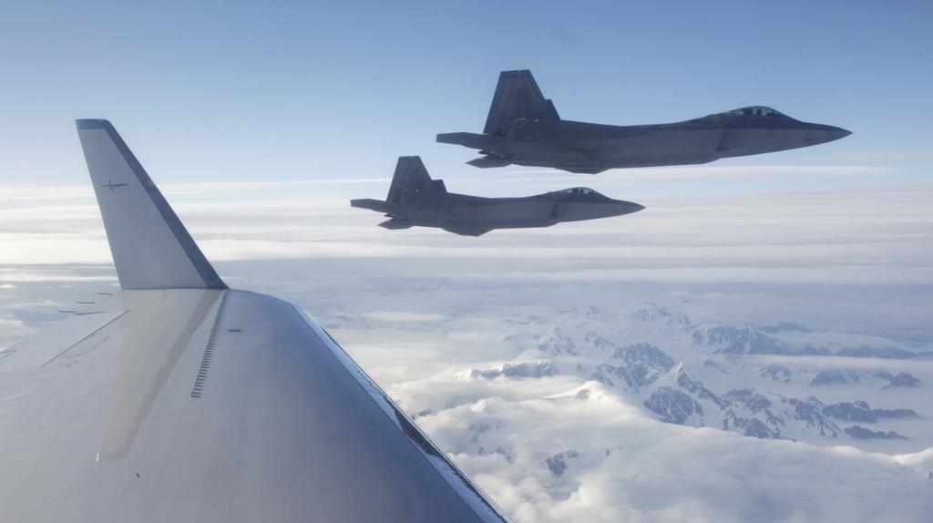 Letecké cvičení nad Ruskem