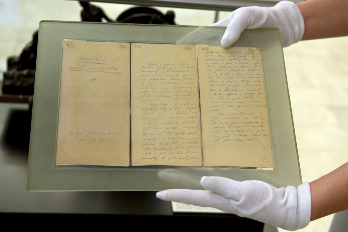 Originál rukopisu Reportáže psané na oprátce
