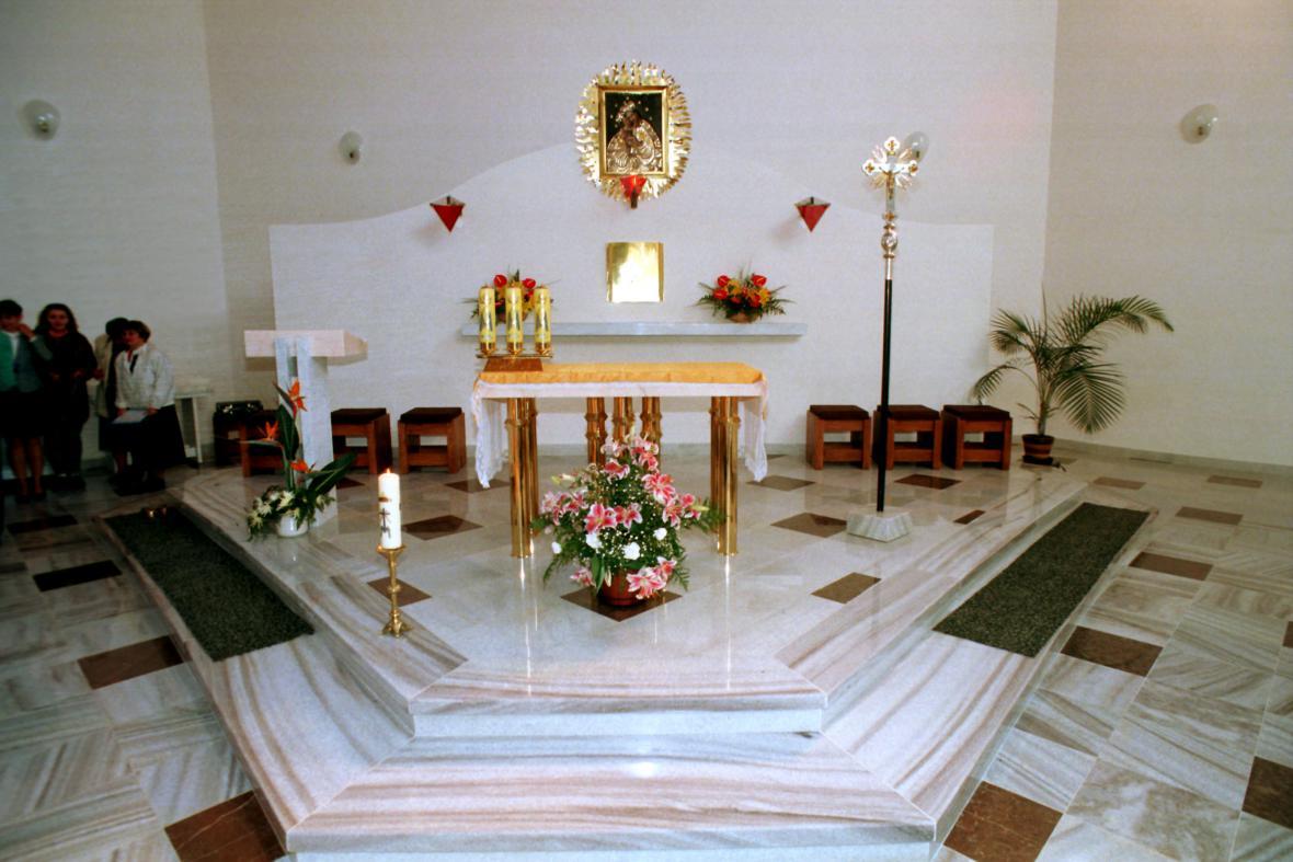 Kostel Panny Marie Pomocné ve Zlatých Horách v Jeseníkách