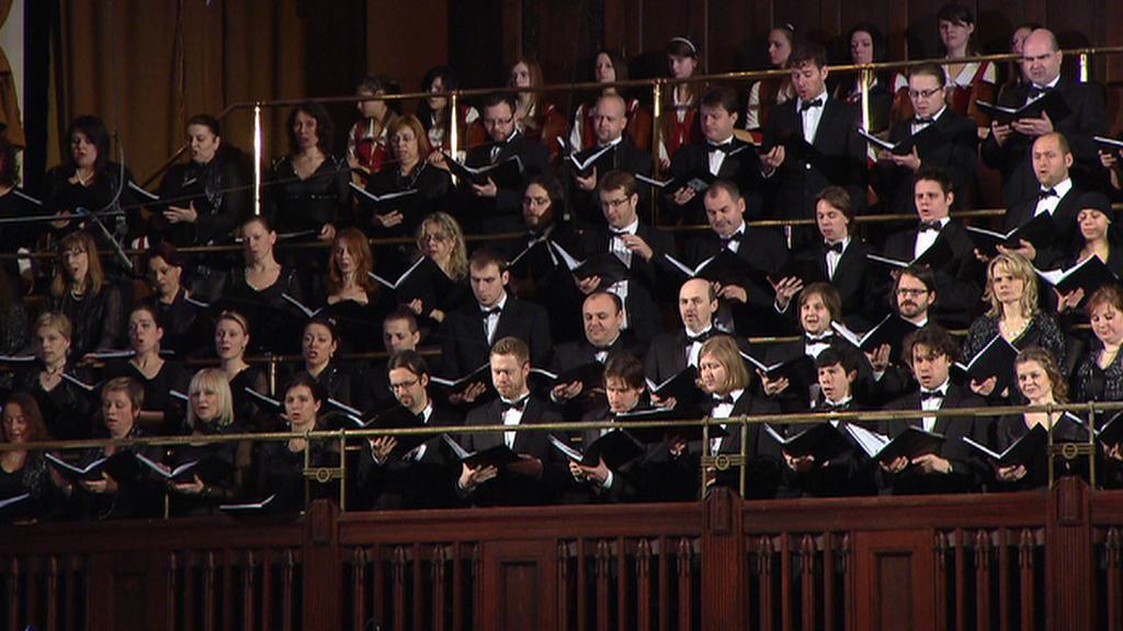 Mahlerova Osmá symfonie ve Smetanově síni
