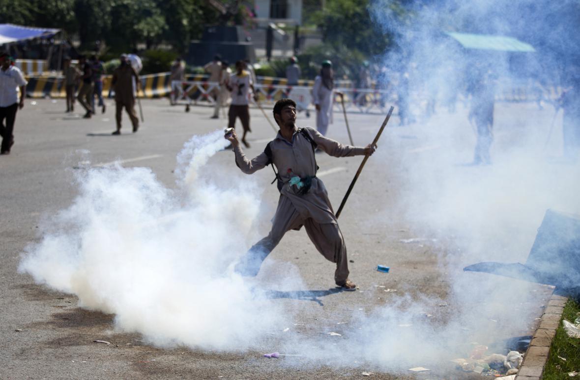 Protesty v Islámábádu