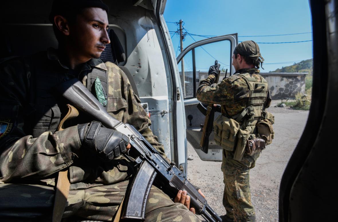 Proruští rebelové v Doněcku