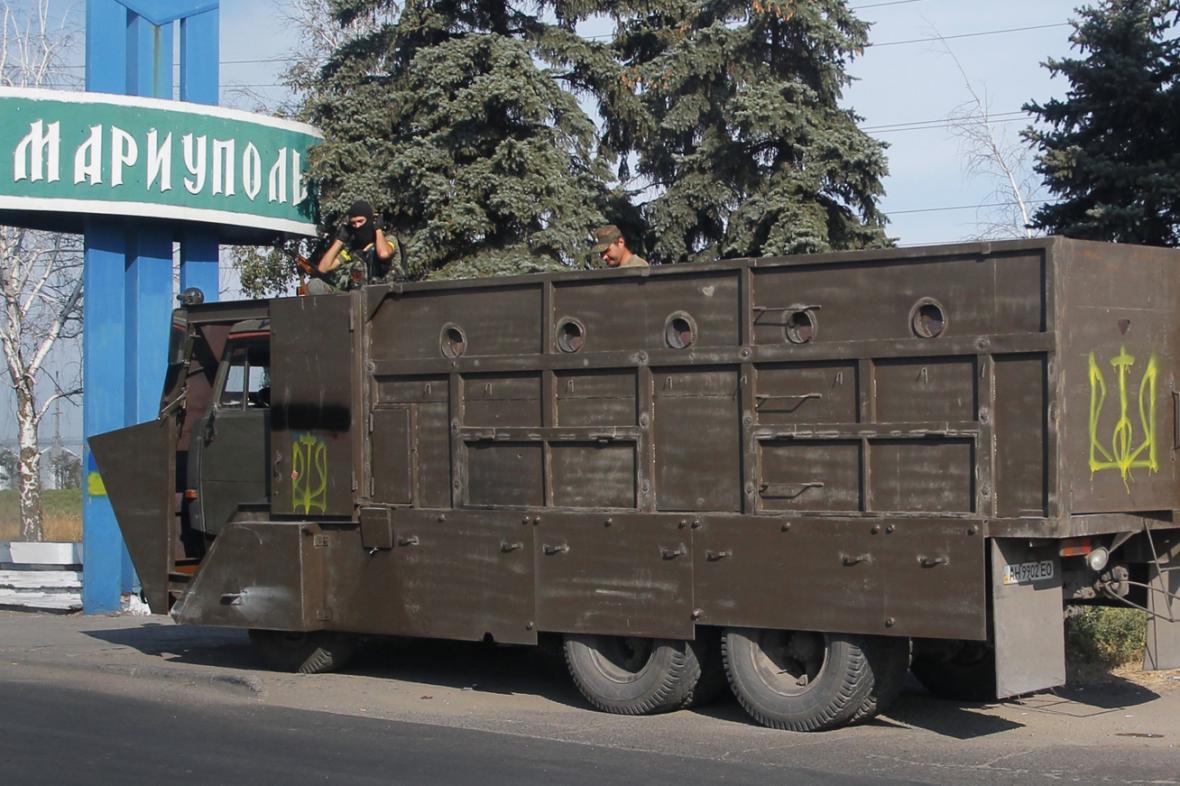 Ukrajinská hlídka v Mariupolu
