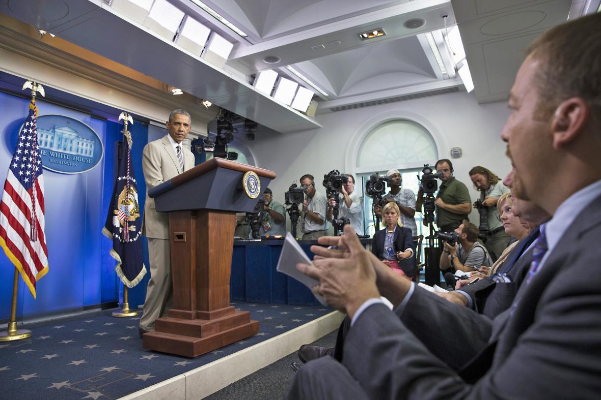 Barack Obama na brífinku k Ukrajině