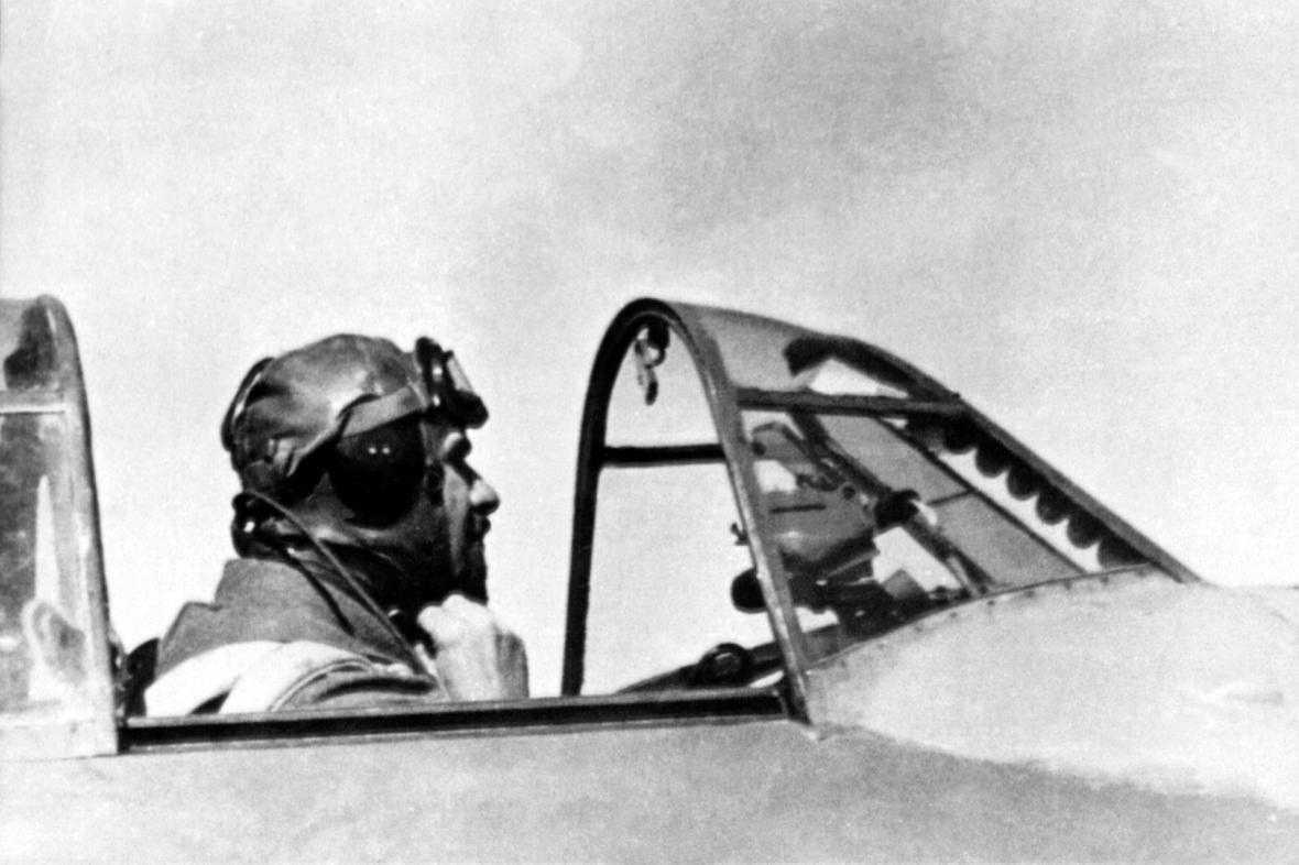 František Fajtl ve stíhacím La-5 na frontě SNP (1944)