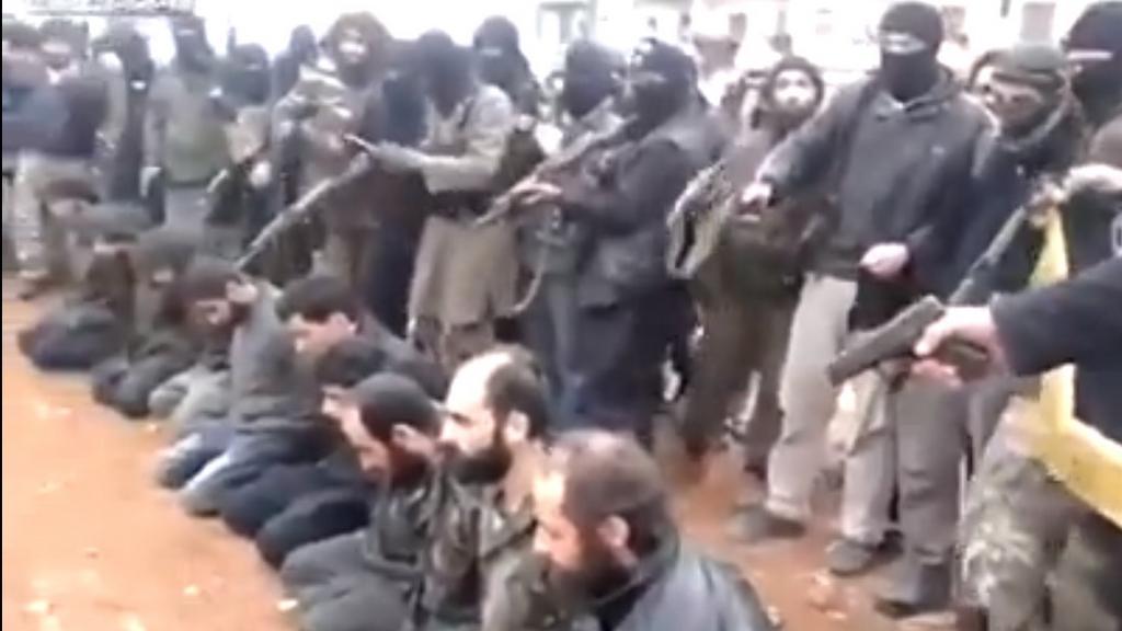 Součástí propagandy IS je i zveřejňování podobných snímků