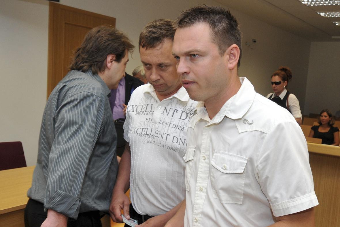 Obžalovaní (zleva) Libor Drábek, František Bačík, Stanislav Pražan