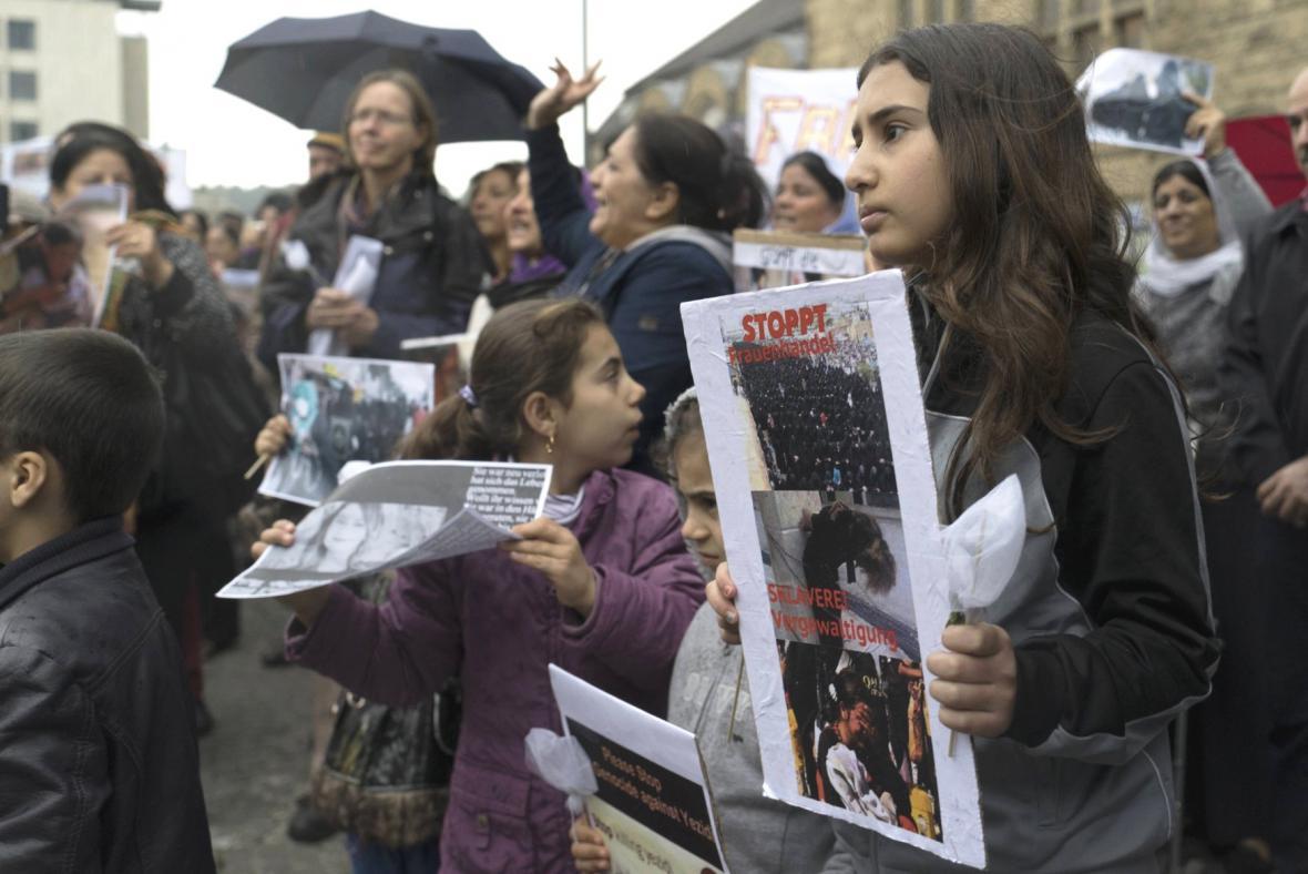 Demonstrace - jezídi v Iráku