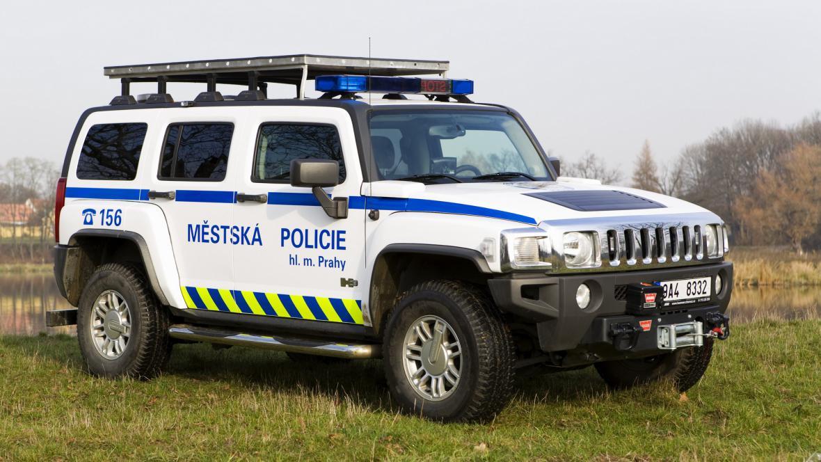 Policejní hummer