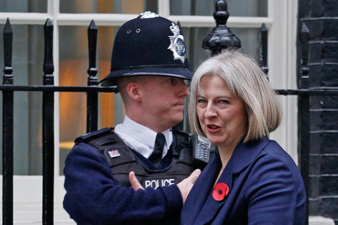Britská ministryně vnitra Theresa Mayová