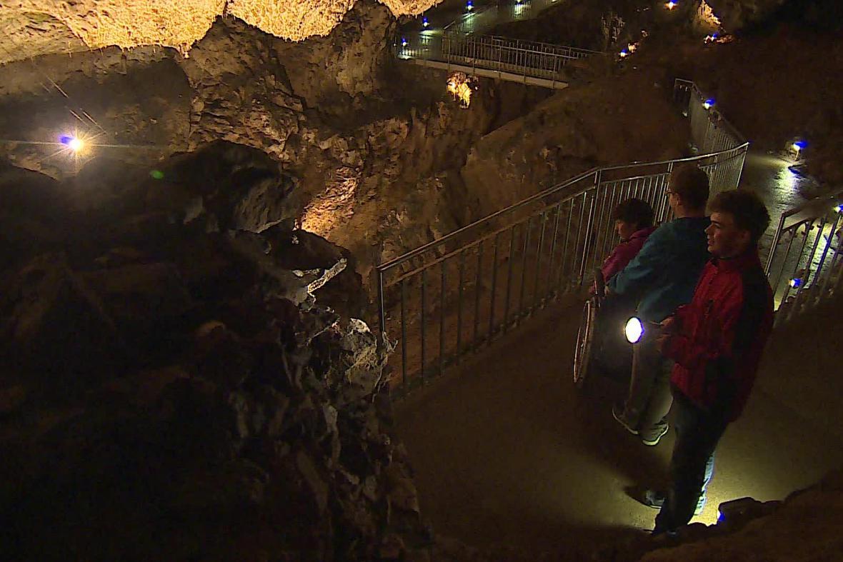 Bezbariérová trasa v jeskyních