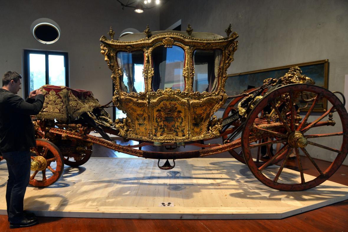 Z výstavy Zapřažená krása na Pražském hradě