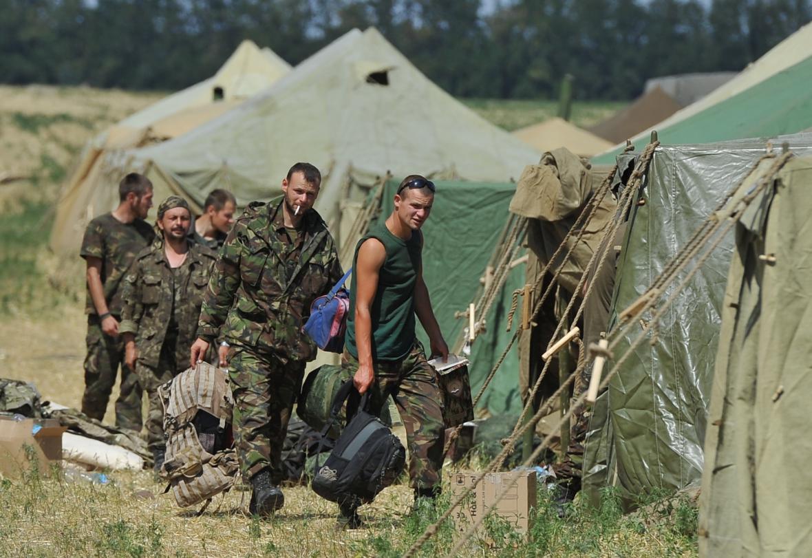 Ukrajinští vojáci požádali v Rusku o azyl