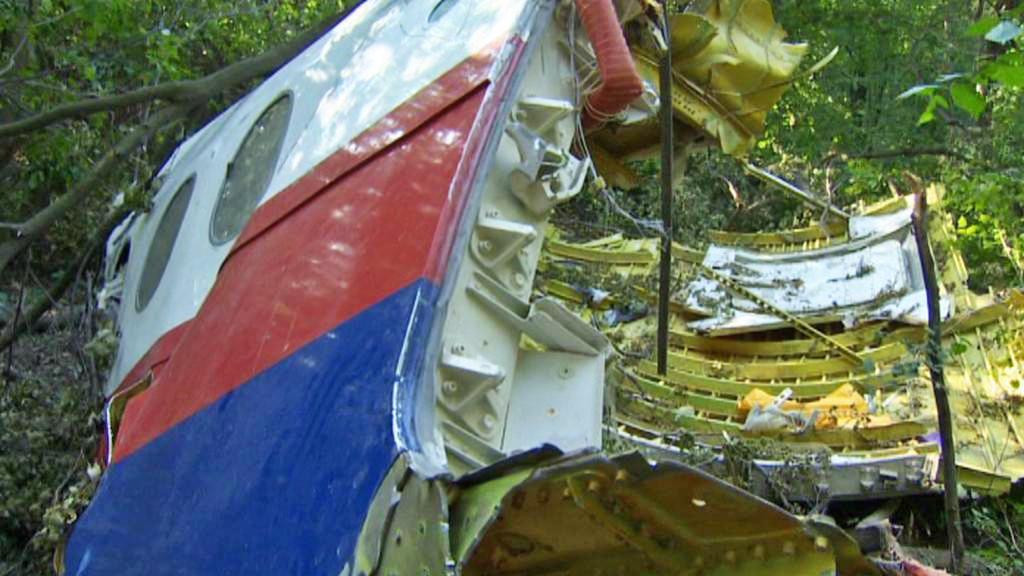 Záchranáři našli velký kus trupu malajsijského letadla