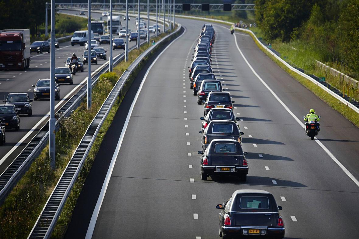 Do Nizozemska dorazily další oběti letu MH17