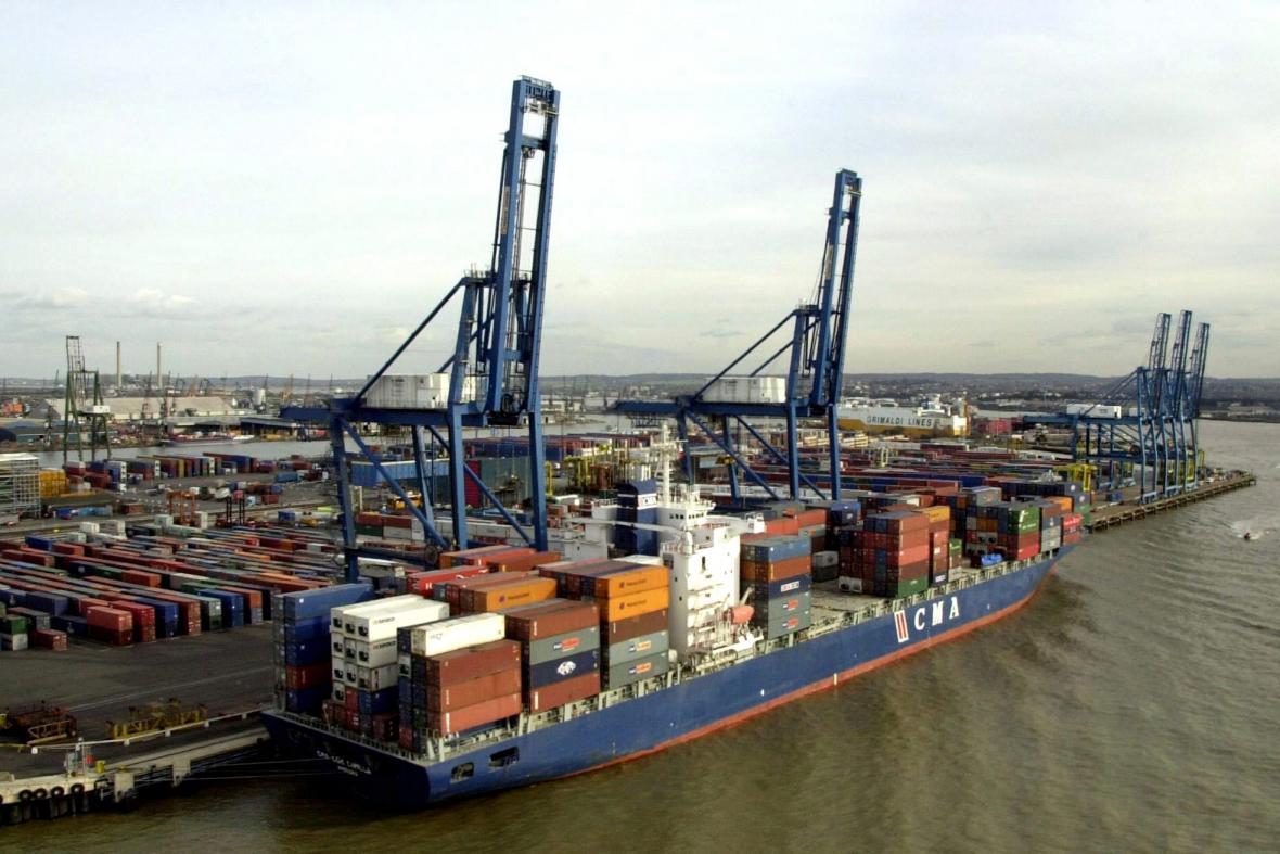 Nákladní přístav v Tilbury