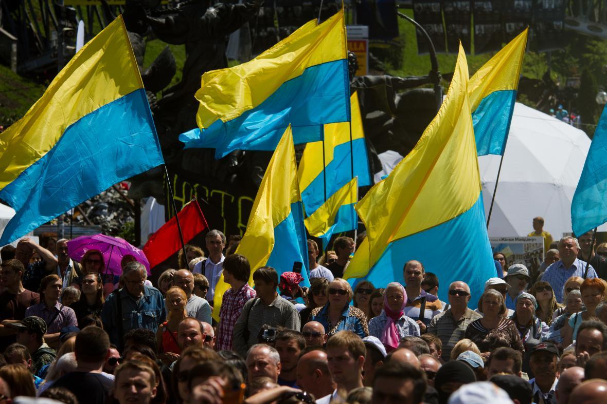 Demonstrace v Kyjevě za ukončení války na východě Ukrajiny