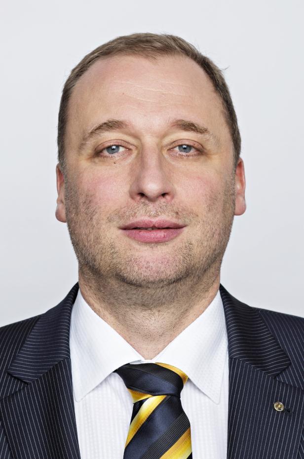 Tomáš Podivínský