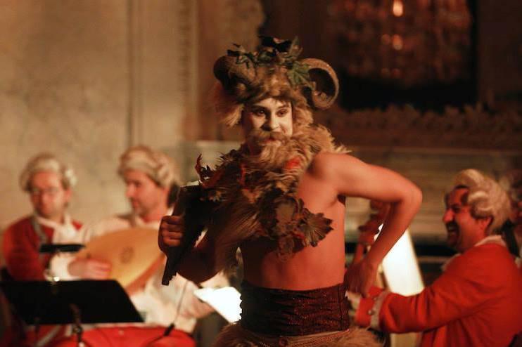 Představení Sotto le stelle / Tanec satyra Filena