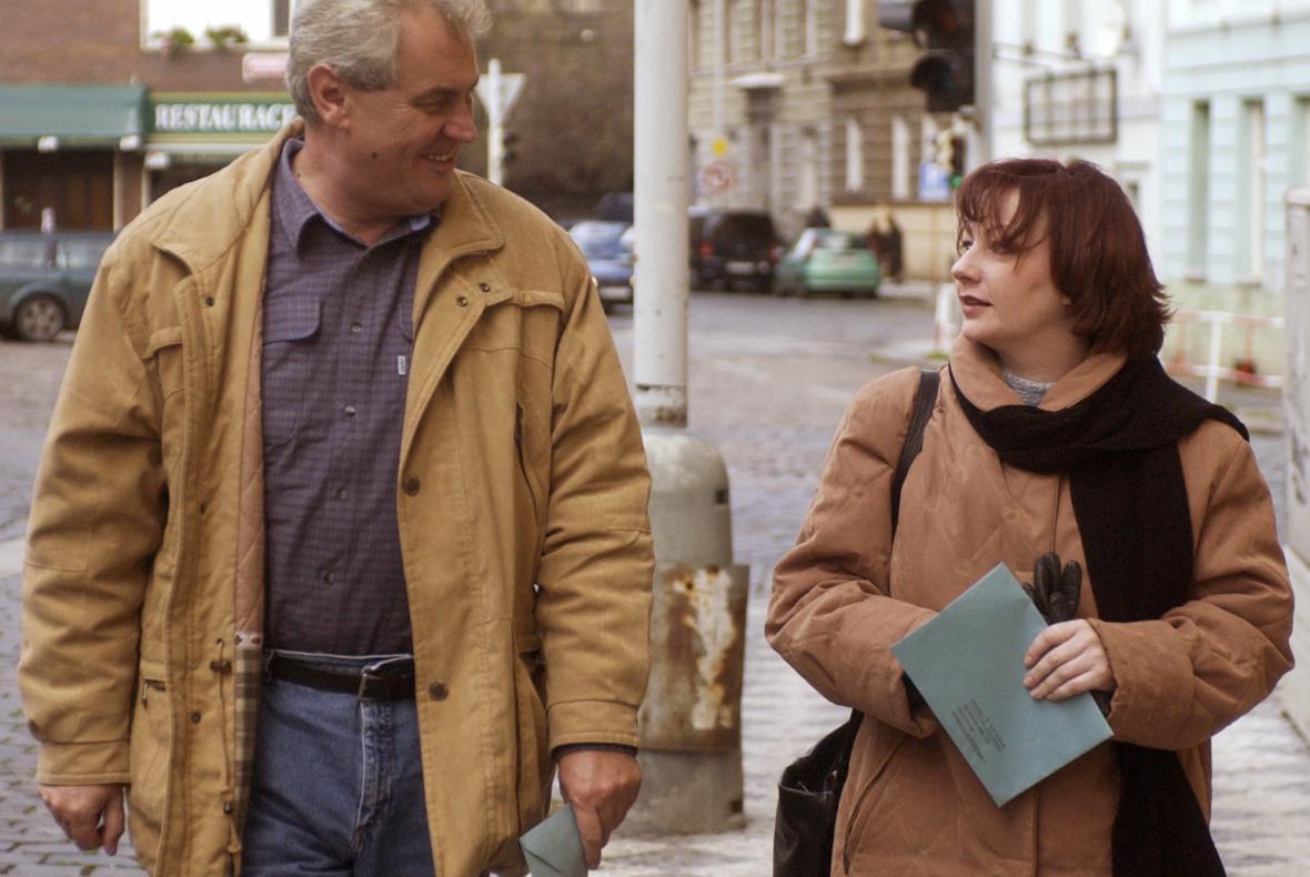 Manželé Zemanovi v roce 2002