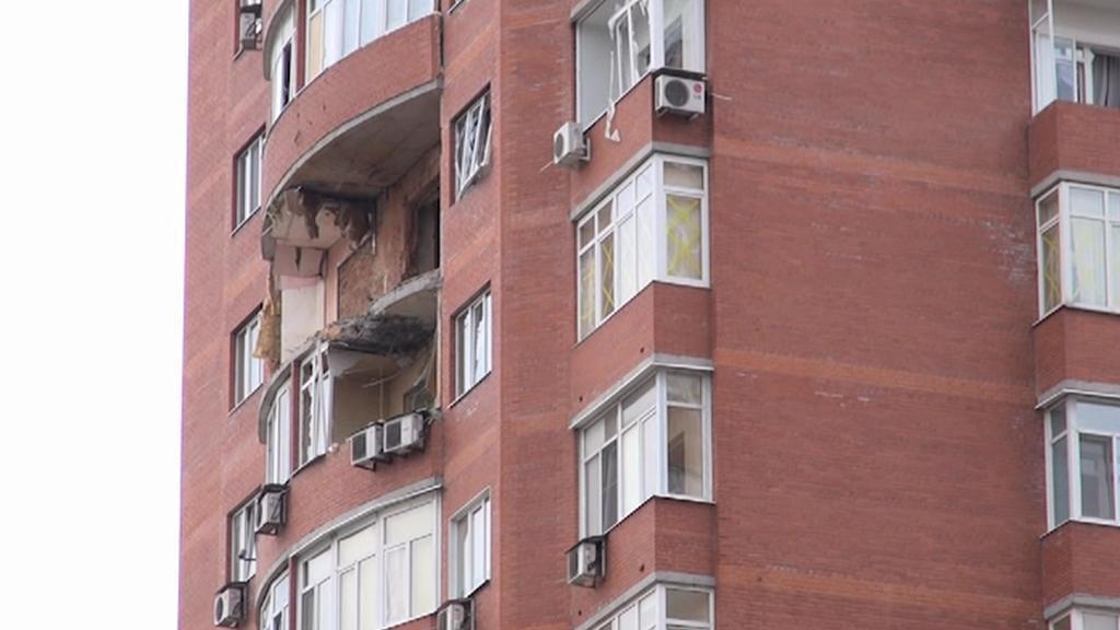 Doněcký dům zasažený střelou