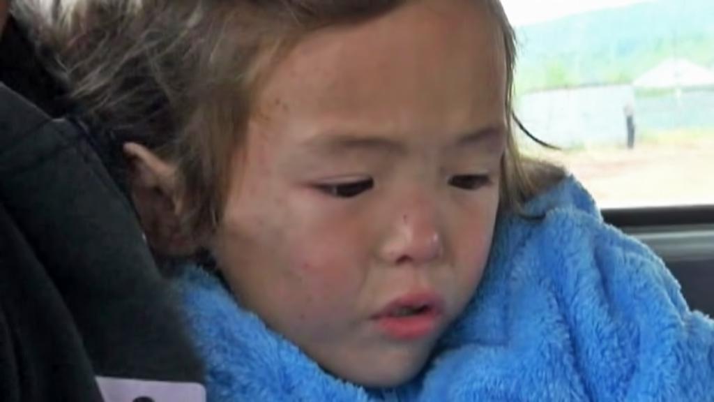Tříletá Karina přežila 11 dní v tajze