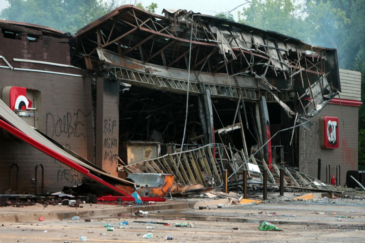 Následky nepokojů v St. Louis