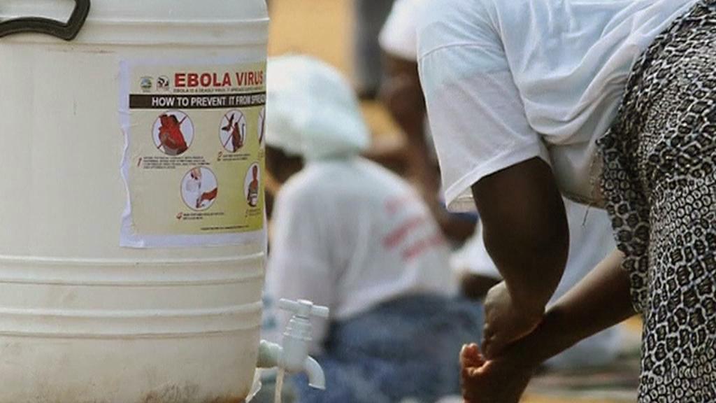 Afrika bojuje s ebolou