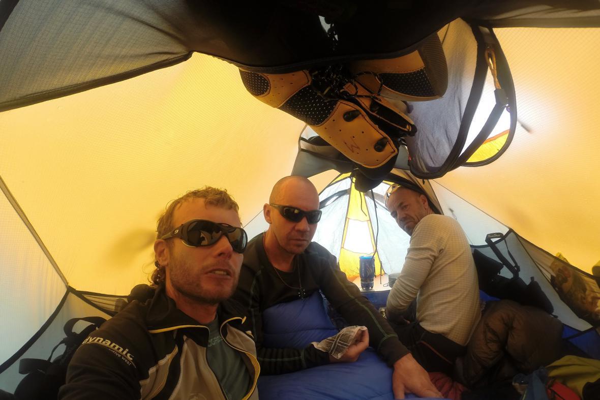 Expedice K2 - v táboře C2 ve stanu
