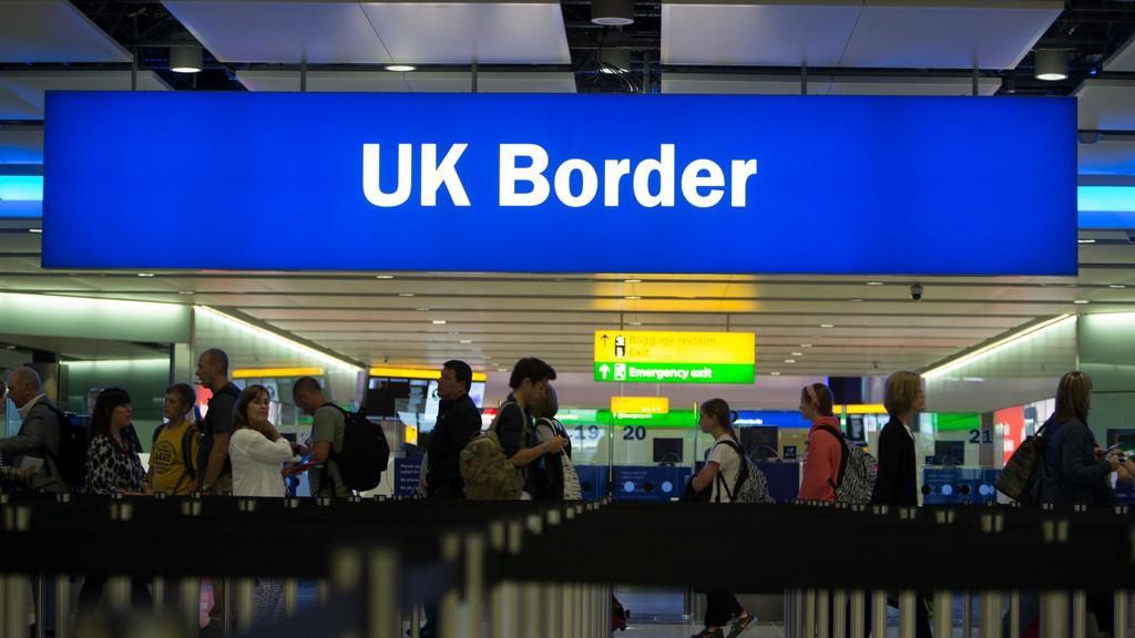 Epidemie eboly straší Británii