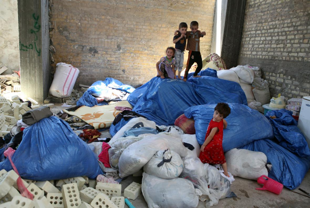 Mosul musely opustit i některé děti