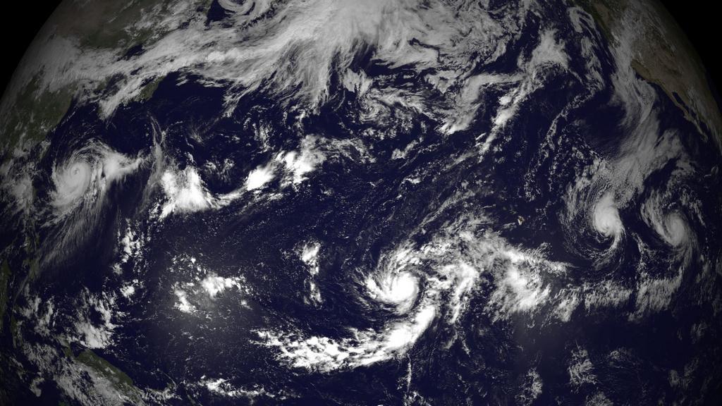 K Havajským ostrovům se blíží hurikán Julio