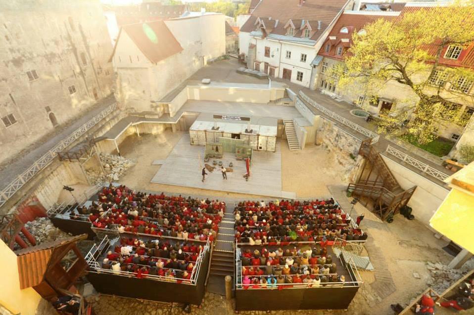 Představení Hamleta v Itálii
