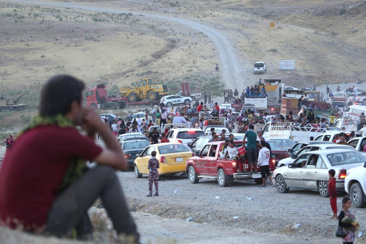 Iráčané prchají z oblastí ovládaných islamisty