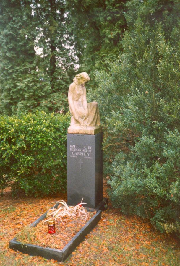Hrob Smetanovy dcery